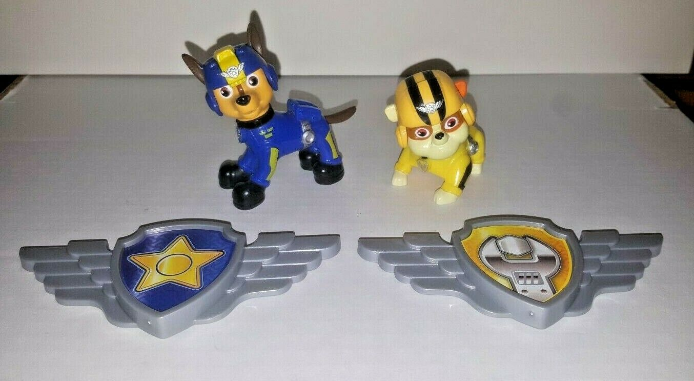 Spin Master Paw Patrol Air Rescue Lot of 2 Figures Chase and
