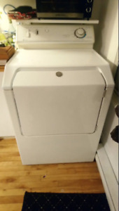 Laveuse et Secheuse/Washer and dryer