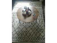 Lovely cream rug rug with a dark brown pattern