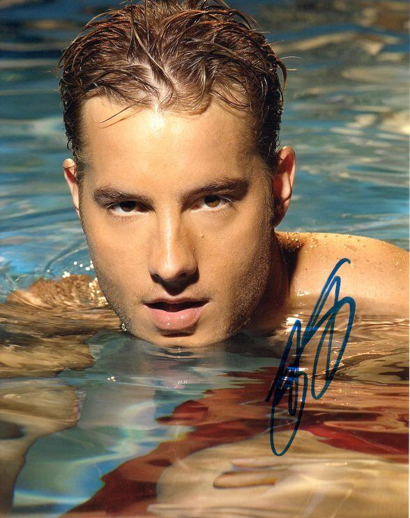 Justin Hartley This is Us Autographed Signed 8x10 Photo COA #2