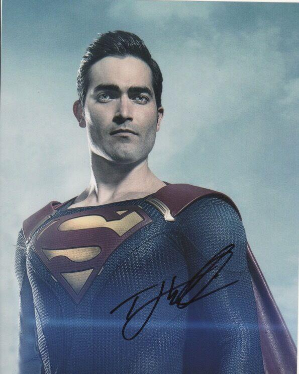 Tyler Hoechlin Supergirl Autographed Signed 8x10 Photo COA #3