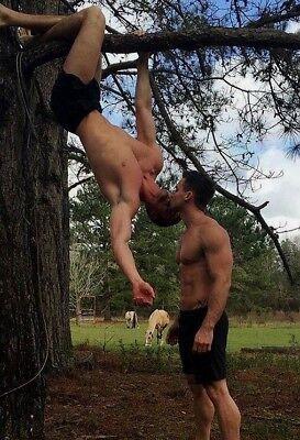 Shirtless Male Beefcake Muscular Hunks Kissing Gay Interest Cute PHOTO 4X6 - Kissing Photos