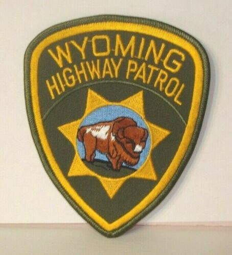 WYOMING HIGHWAY PATROL  POLICE OFFICER  patch
