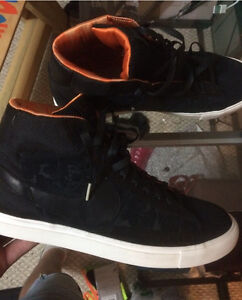 BRAND NEW NIKES RETAIL $140 NOW ONLY $105
