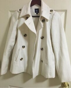 SELLING: Fall/ Winter outdoor coats!