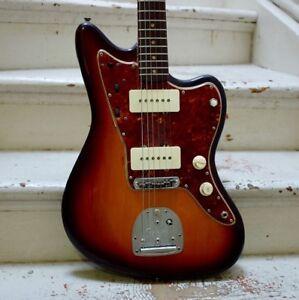1961 Fender Jazzmaster vintage completely refinished  $2795