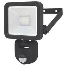 LAP LED PIR FLOODLIGHT BLACK 10W DAYLIGHT