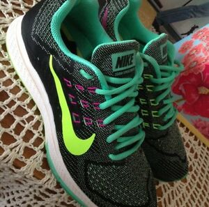 Nike Air Zoom structure 18 Caversham Swan Area Preview