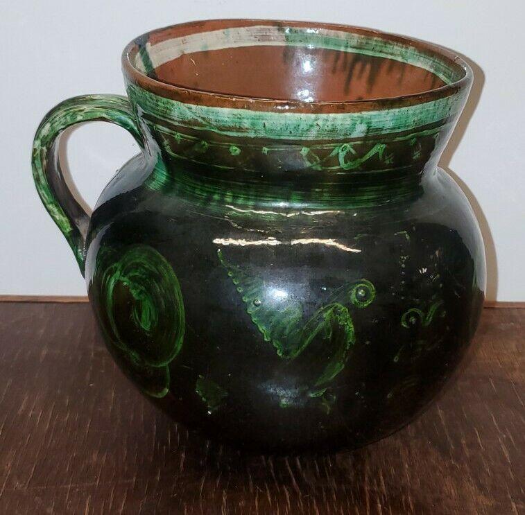 Mexican pottery Michoacán : Patamban jug hand painted birds green glazed