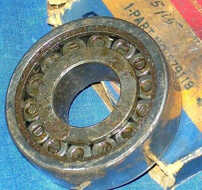 NOS 1936 - 40 DODGE TRUCK REAR AXLE PINON BEARING & BOX ● MOPAR 579118 & 1195115