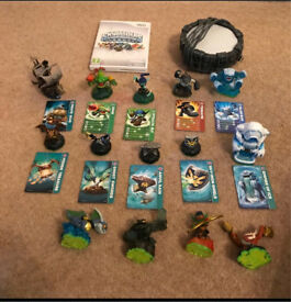 Skylanders Spyro Nintendo Wii Portal, game and figures