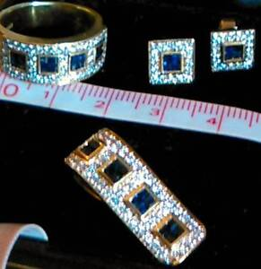 $9675 Unique 18ct Diamond & Sapphire jewellery Luxury gift set Gymea Bay Sutherland Area Preview