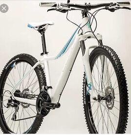 Cube ladies hardtial mountain bike size s white & mint