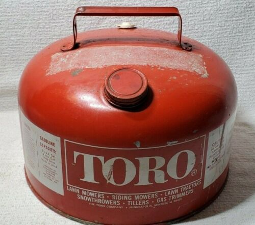 VINTAGE TORO PRE BAN  2 1/2 GALLON GALVANIZED GAS CAN CLEAN INSIDE