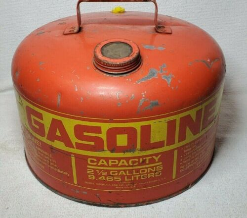 VINTAGE SEARS CRAFTSMAN 9-82013 2 1/2 GALLON GALVANIZED GAS CAN