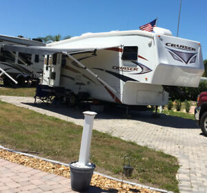 Fifth wheel 27 RF Cruiser
