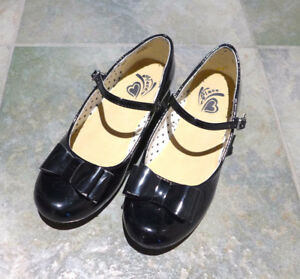Girls' Heel Black Dress Shoes with Bow - Youth Size 3