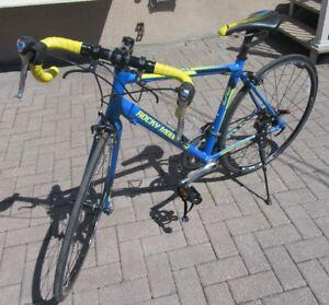 vélo de route rocky mountain