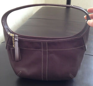 AUTHENTIC NEW COACH BROWN LEATHER ERGO SHOULDER BAG