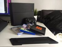 PS4 + Controller, 4 Games & more