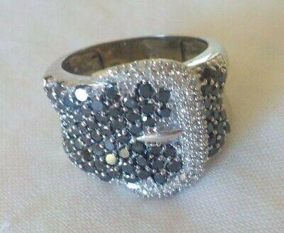 10K White Gold Fancy Black White Buckle Diamond Ring - 6.7 gms, Sz 7.25, 1.50 ct