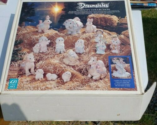 vintage Dreamsicles Nativity collection Nativity set