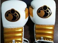 Grant 14oz Leather Boxing Gloves Brand new