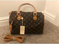 92ef08dbde4 Louis Vuitton speedy bag