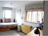 A Charming Studio Flat To Rent in Great Location