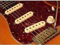 Fender American Deluxe Stratocaster 2004 Amber