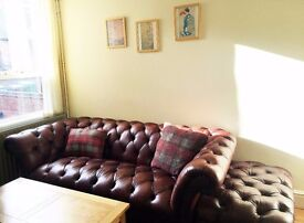 PERFECT FOR A COUPLE - Large Double Room in Sherwood with 2 Wardrobes & King Size Bed
