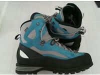 Hiking/Mountaineering(NEW) Hanwag Ferrata GTX combi