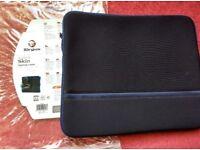 Targus Laptop Notebook Case Sleeve Skin, Neoprene, brand new, for laptops up to 15.4 inches