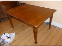 Oak Dining Room Table Extending Period - 1930s - two leaves - winding handle