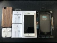 iPhone 6 Silver 16GB Unlocked with lots of accessories