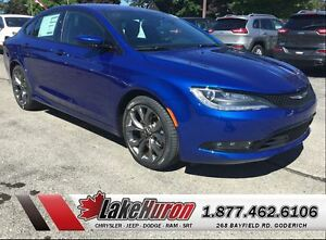 2016 Chrysler 200 S Kitchener / Waterloo Kitchener Area image 1
