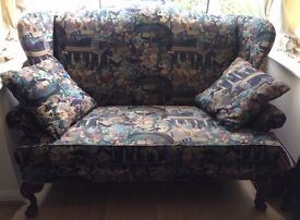 Elegant Edwardian-style patterned loveseat / love seat / sofa