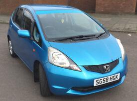 2009 Honda Jazz 1.2 i-VTEC SE Blue, £1800 NO OFFERS, 70k miles, SATNAV, Parrot MK9200 hands free kit