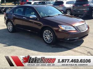 2013 Chrysler 200 Limited *LOW LOW KMS*