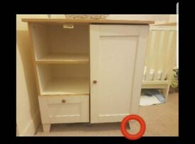 FREE Baby changing table