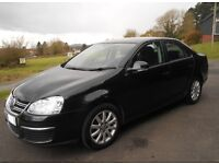 VW Jetta 2010 – excellent beautiful car with low mileage, one owner