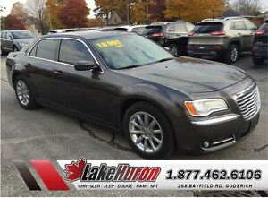 2013 Chrysler 300 Touring *LEATHER HEATED SEATS*