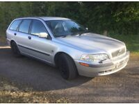 2002 Volvo V40 1.6SE 5 door estate
