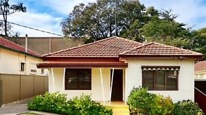 Kingsgrove house for rent 6months lease Kingsgrove Canterbury Area Preview