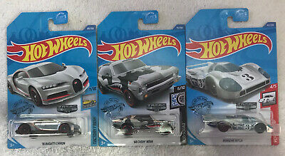 2020 HOT WHEELS WALMART EXCLUSIVE ZAMAC  LOT OF 3 (BUGATTI-PORSCHE-NOVA)