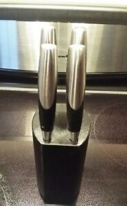 Oneida 4-Pc. Knife Block for $15 only. Very good condition!