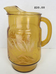 Assorted Pitchers and Jugs individually priced West Island Greater Montréal image 6