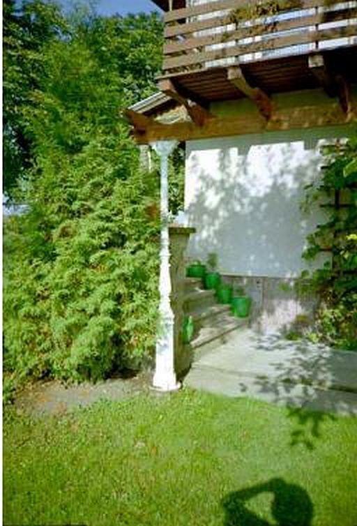 Säule Gusseisen Kaiserreich Pavillon Balkon Pferdebox Architektur