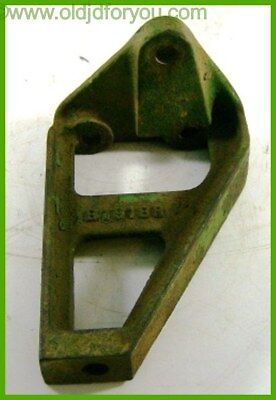 B1918r John Deere B Generator Bracket - Original