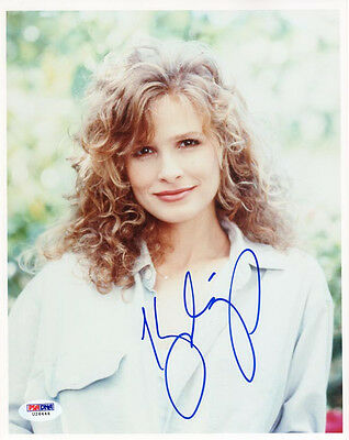 Kyra Sedgwick Signed Autographed 8X10 Photo The Closer Psa Dna